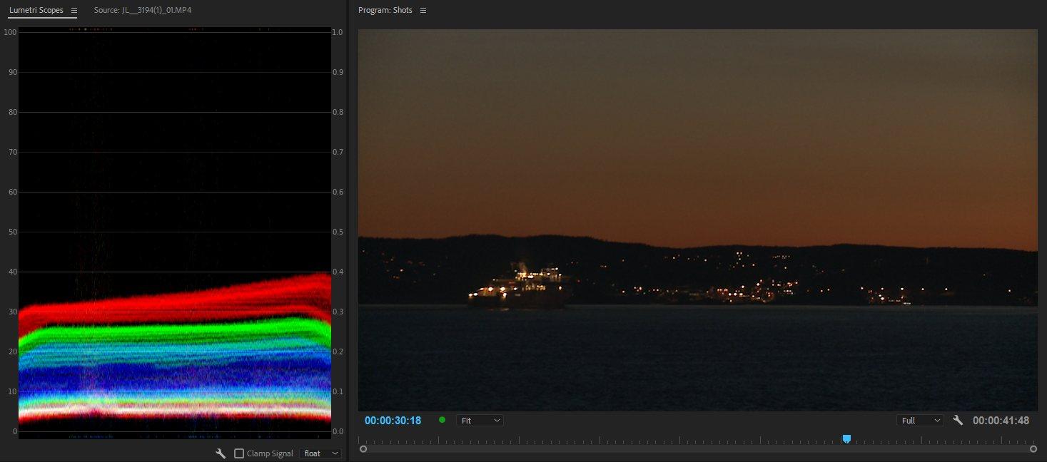 Форма RGB Waveform ясно показывает, что самые темные области довольно нейтральны, создавая белую полосу в нижней части формы волны.Кроме того, она также показывает, что самые яркие пиксели имеют намного больше красного, чем зеленого, и даже меньше синего - так что это - оранжевый цвет.