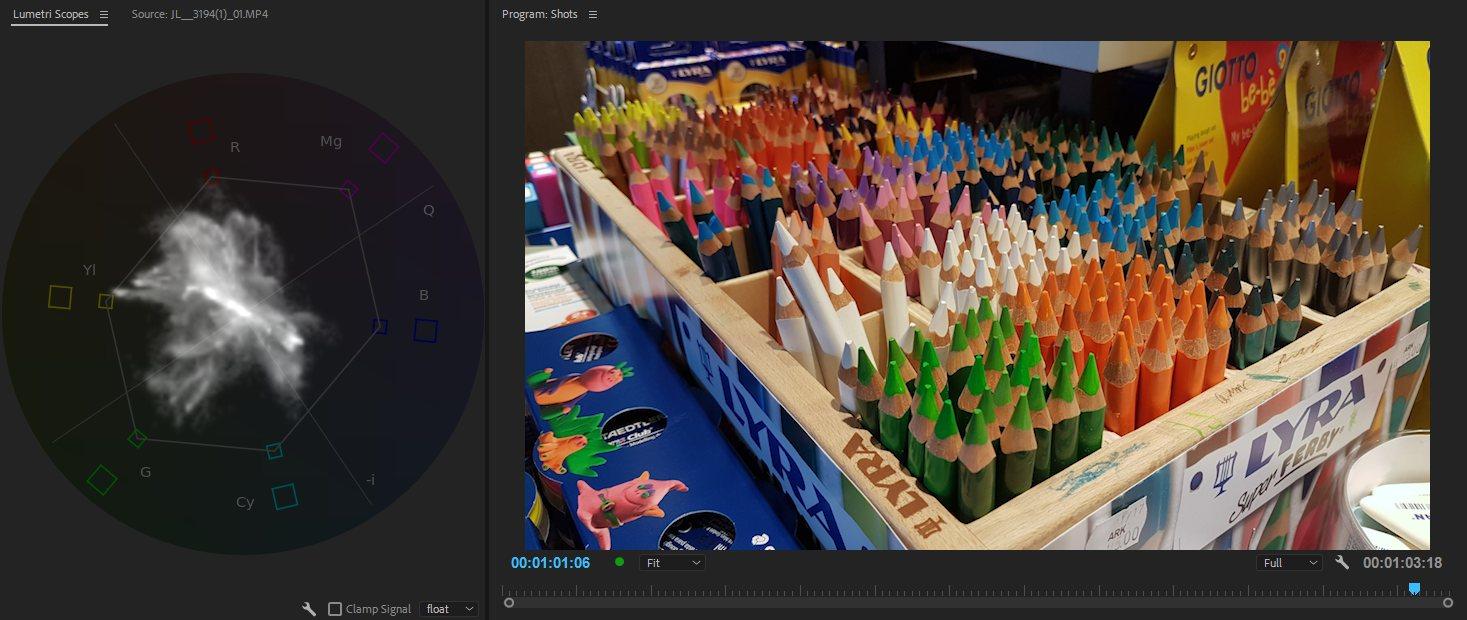 Насыщенные цвета цветных карандашей делают трассу шириной, и поскольку существует так много разных цветов, она распространяется во многих направлениях.