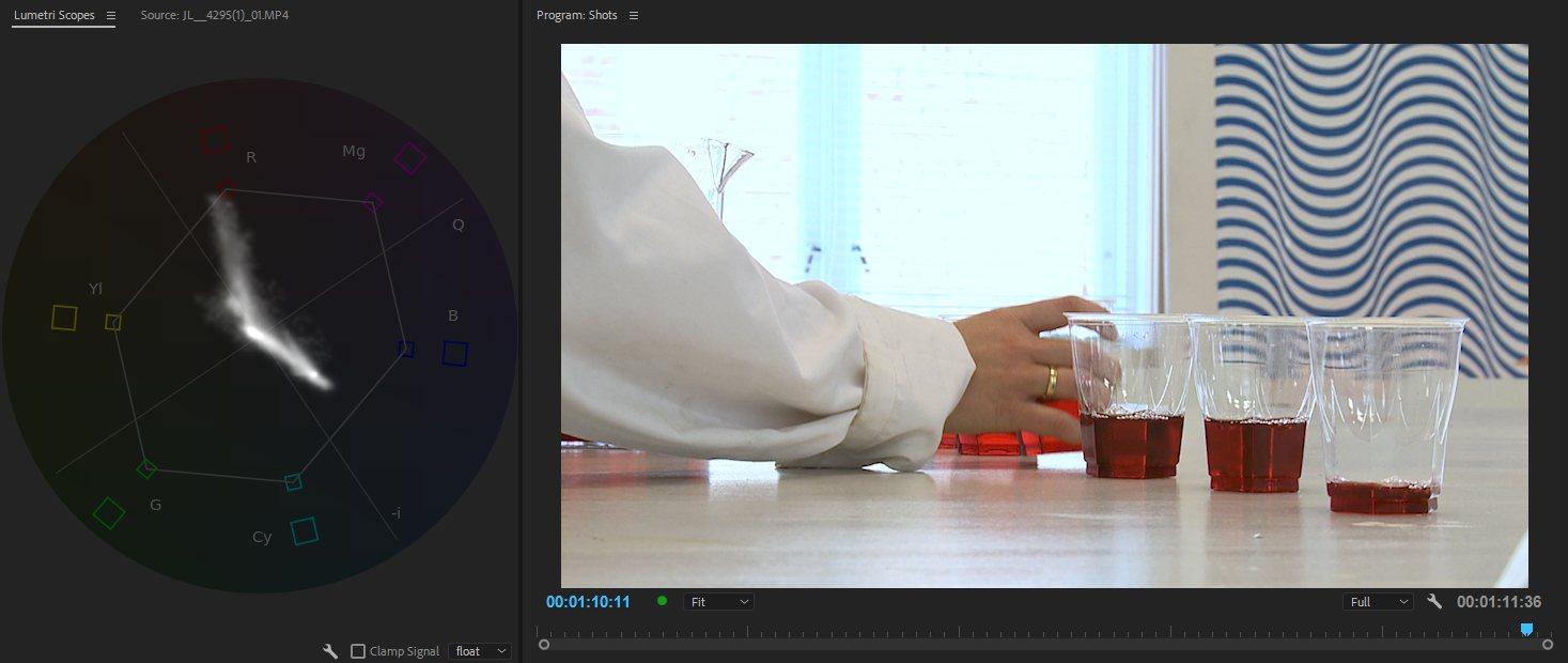 Выключение эффекта обрезки позволяет снова увидеть все изображение, и теперь лабораторный халат, потерял свой первоначальный цвет.