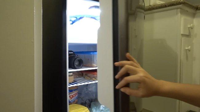 LED освещение в видео. Свет от холодильника 1
