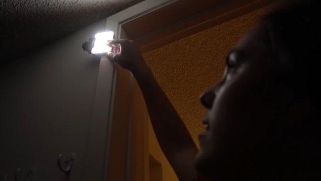 LED освещение в видео. Свет в шкафу 1