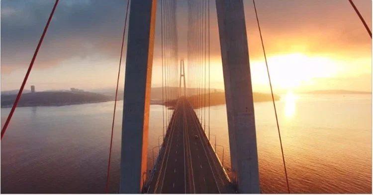 Съемка на закате и восходе солнца помогает развить ощущение света. Video by The Clay Machine Gun.