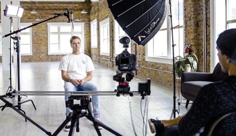 Как снимать интервью